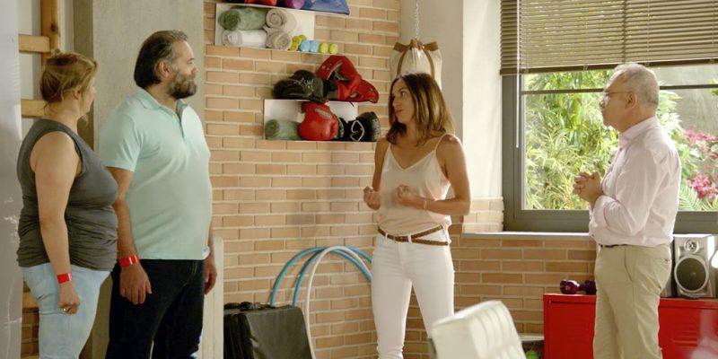 El doctor Nicolás Romero y Paula Butragueño, preparadora física.